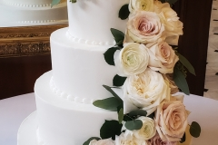 Tiered roses